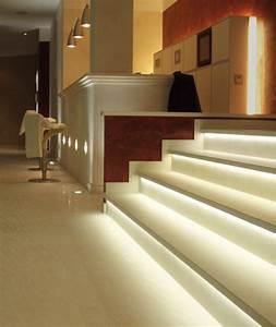 Weihnachtsgirlanden Innen Mit Beleuchtung : treppen innen ~ Sanjose-hotels-ca.com Haus und Dekorationen