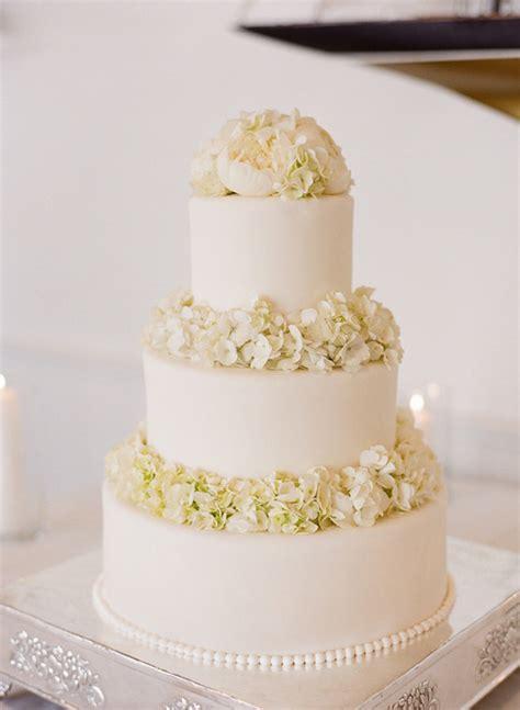 white wedding cakes belle  magazine