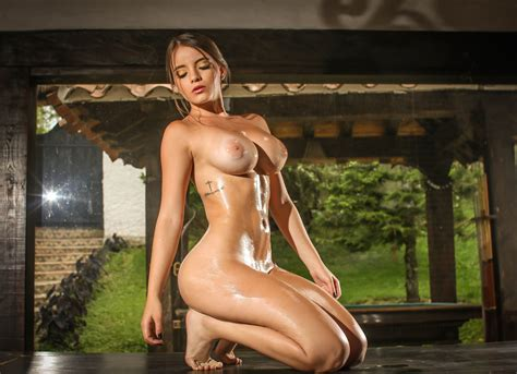 Pamela Jay Naked And Oiled Nude Pics