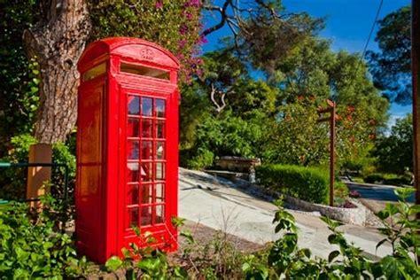 style phone box at the gibraltar botanic