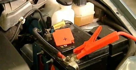 come rigenerare una batteria auto la tua auto