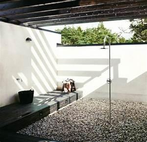 Dusche Für Garten : au endusche gartengestaltung mit dusche im au enbereich freshouse ~ Markanthonyermac.com Haus und Dekorationen