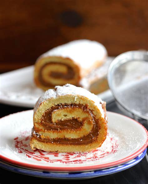 Dulce de Leche and Coconut Roll (Pionono de Arequipe Y ...
