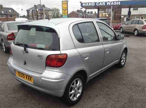 toyota yaris collection toyota 2005 05 yaris 1 3 colour collection only 54k mot drives