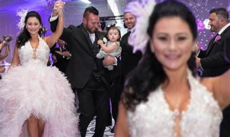 jenni jwoww farleys husband roger mathews wishes  happy anniversary  divorce filing
