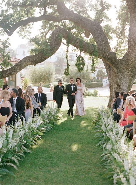 Modern Garden Wedding In Ojai Flowers In 2019 Wedding