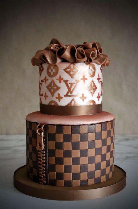 louis vuitton cake wwwsweetlittlebitesinfo sweet  bites cake  pinterest happy