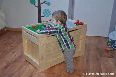 un coffre 224 jouets multifonctions copain des copeaux