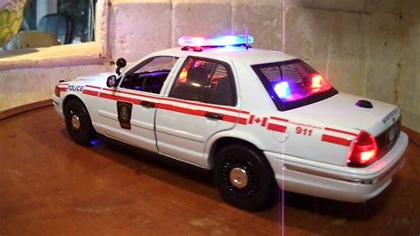 1 18 police car with canadian military militerie police 1 18 diecast car