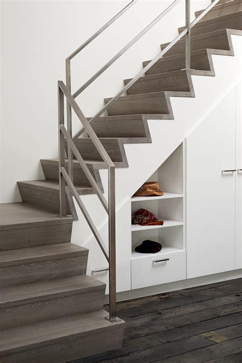 courante d escalier interieur cuisine attachante res escalier moderne re escalier moderne leroy merlin courante