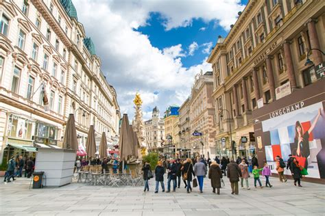 expat exchange  tips  living  vienna austria