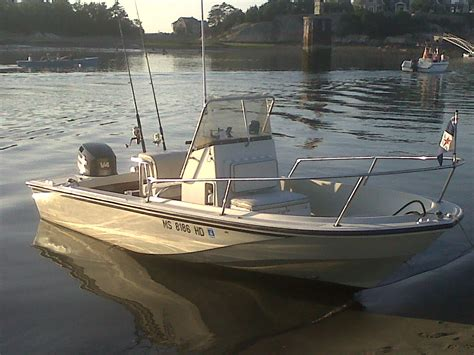 Boston Whaler Jon Boats by 17 Ft 1990 Boston Whaler Outrage 11 000 Price Reduction