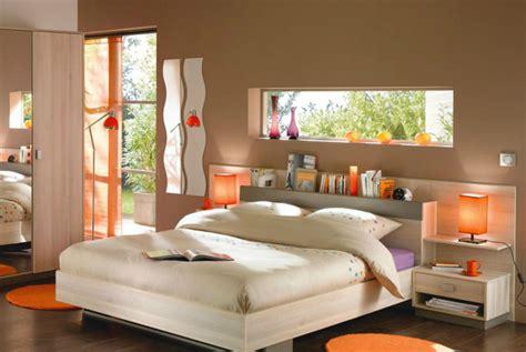 chambre marron et or une chambre exotique en taupe et orange chambres marron