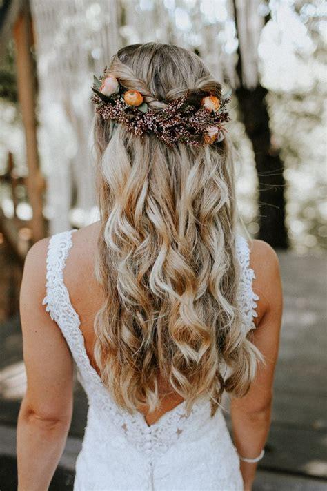 best 25 fall wedding hair ideas brown wedding hair halfway up hairstyles and