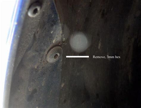 water leaking  edge  rear seat sunroof