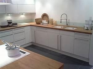 Plan De Travail De Cuisine : cuisine blanche plan de travail bois 2017 avec cuisine ~ Edinachiropracticcenter.com Idées de Décoration