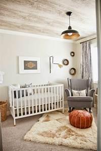 Pouf Chambre Enfant : 20 id es de d coration avec un pouf design et confortable ~ Teatrodelosmanantiales.com Idées de Décoration