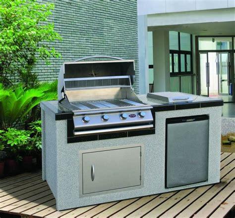custom kitchen design plan de travail extérieur pour une cuisine d 39 été pratique