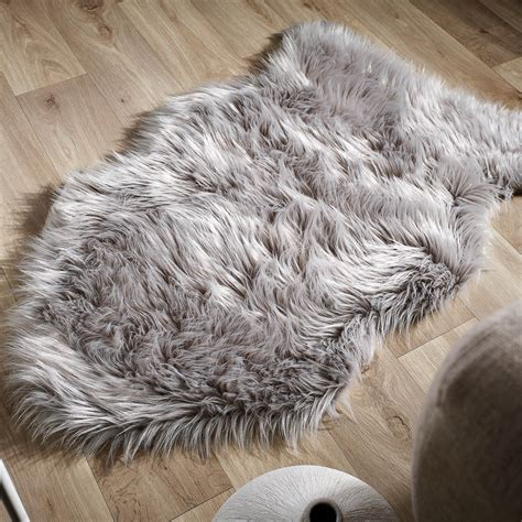 small faux fur rug grey faux fur rug rugs ideas