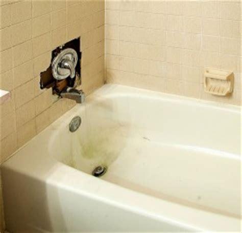 porcelain tub refinishing porcelain bathtub repair