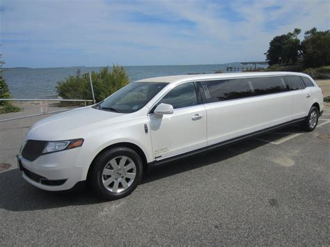Wedding Limousine Service For Cape Cod And South Shore