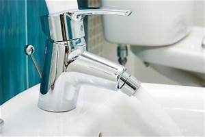 Wasserhahn Austauschen Bad : wasserhahn wechseln eine verst ndliche anleitung f r 39 s ~ Lizthompson.info Haus und Dekorationen