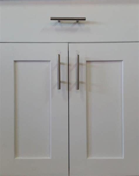 shaker kitchen cabinet doors cw beech white shaker kitchen cabinet door style kitchen