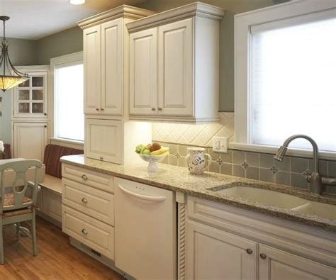 bone color kitchen cabinets 18 best images about bisque appliances oy on 4859