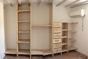 Dressing En Palette : 3 etag res dressing en bois de pin bois paille et ~ Melissatoandfro.com Idées de Décoration