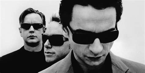 Traduzione Bid by Depeche Mode Soothe My Soul Traduzione In Italiano Testo
