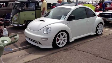 Volkswagen Beetle Customized by 2000 Volkswagen New Beetle Customized In Cool White