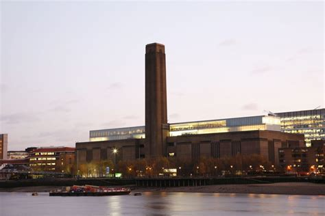 tate modern attractions