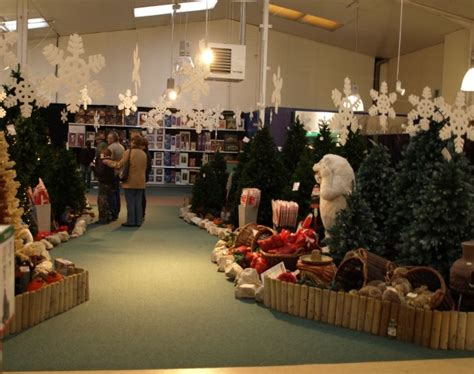 christmas shopping at dobbies atherstone garden centre