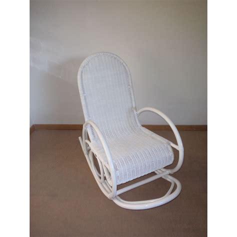 rocking chair en rotin coloris blanc laqu 233