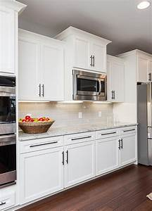 Alabaster, White, Kitchen, Cabinets
