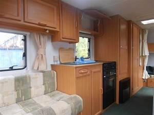 Avondale Dart 556  6 2004 6 Berth Touring Caravan For Sale