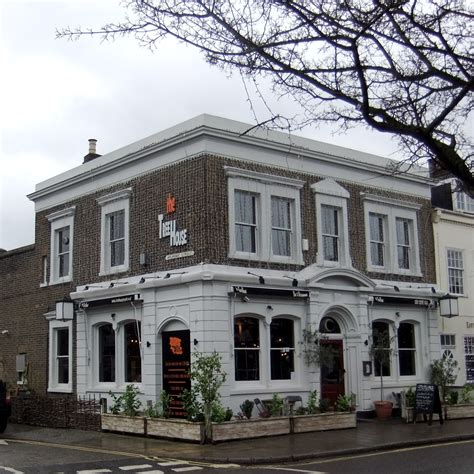 House Barnes by Best Barnes Boozers For Boat Race Day