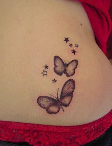 tatouages petit papillon tatouage