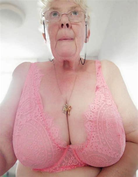 Granny Has Big Natural Boobs 40 Pics Xhamster
