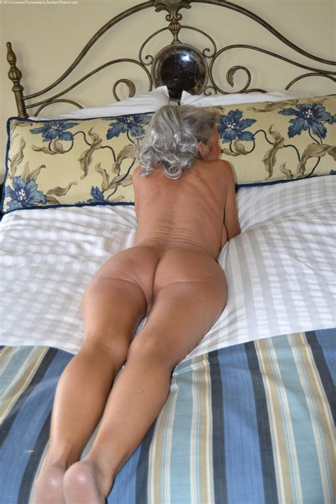 archive of old women her name chey anne cums