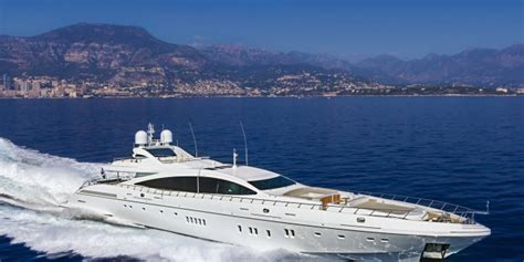 Florida Boat Shows 2018 Ta by Us Mangusta Overmarine Sold 2 Maxi Open Yachts To