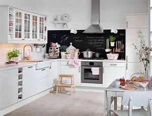 Küchen Ikea Landhaus : die schwarze tafellackfl che ist ein guter spritzschutz zugleich eine tolle notiztafel ~ Orissabook.com Haus und Dekorationen