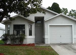 Cheap small houses house for rent near me for The best little dog house in texas