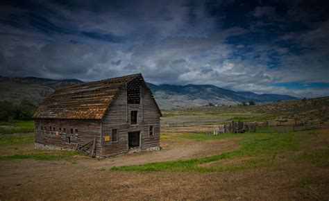 Abandoned Barn, A Photo From British Columbia, Western