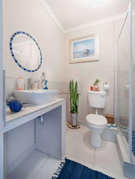 design  perfect beach themed bathroom