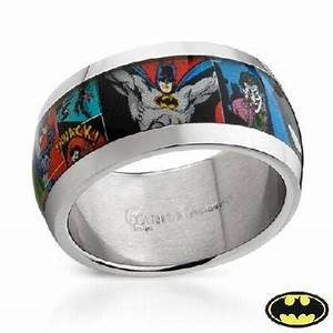 Batman comic strip ring on the hunt for Batman wedding rings for men