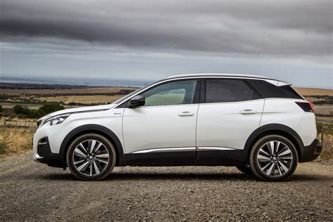 Peugeot 3008 Review by Peugeot 3008 1 6 Gt Line Auto 2017 Review Cars Co Za