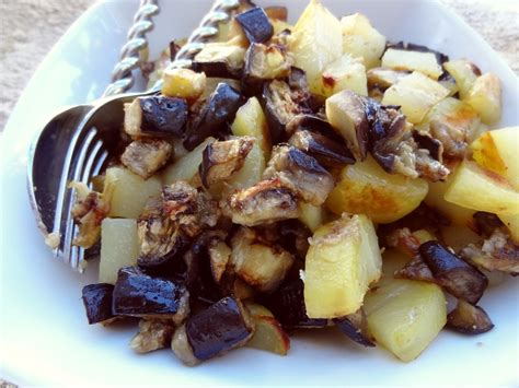 cuisiner des pommes de terre pommes de terre et aubergines au four la tendresse en