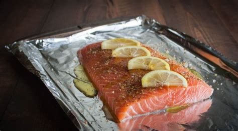 how to cook salmon perfectly baked salmon sweetphi