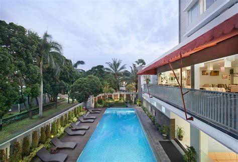 grand cakra hotel malang indonesia bookingcom
